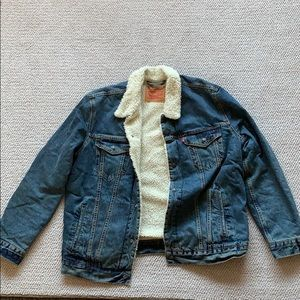Levi's Jean jacket lined with fur